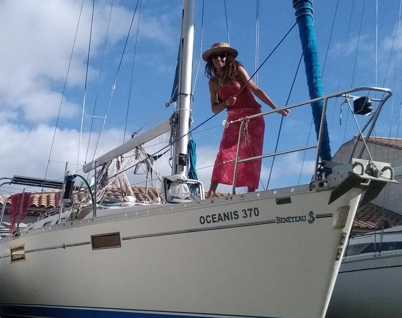 Nathalie sur son voilier